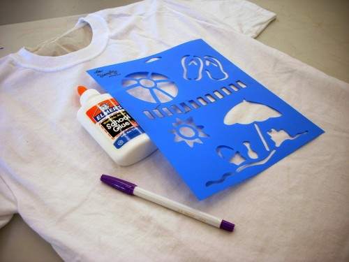 Elmer's Glue and Simply Spray Batik T-shirts