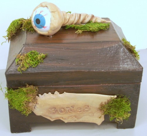 Halloween Crafts: Bone Box