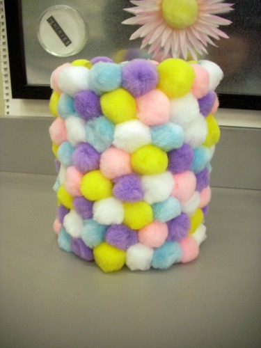 After the Wedding - Decorate a Child's Room with a Cylinder Vase and Pom Poms