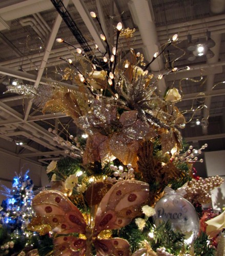 Christmas Tree Inspiration 2017: Christmas Tree Topper Inspiration From The Akron Tree